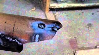 Сварка чугуна дорогими электродами в дачной мастерской(http://bit.ly/2hjdmFJ ручные инструменты из Китая. http://bit.ly/2gMNhha ручные инструменты в России. http://bit.ly/2gWWQu1 ручные инстру..., 2015-02-16T16:45:49.000Z)