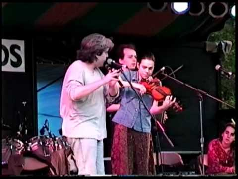 Solas perform at the Grassroots Festival 1996
