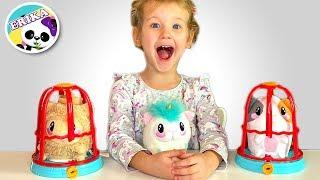 ERIKA RESCATA MASCOTAS Y JUEGA CON ELLAS   Toys and Erika