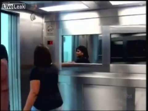 Brazilian Elevator Ghost Prank