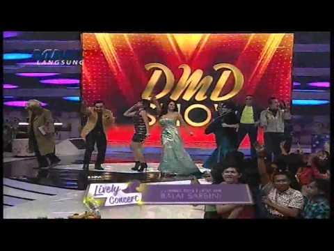 Download musik DJ PUTIK SEKAR LANGIT feat Dewi Persik @DMD Show MNCTV 17 2 HD terbaik