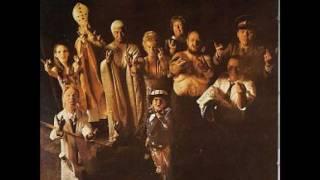 Ashton Gardner and Dyke - Resurrection Shuffle