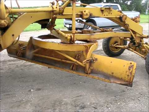Caterpillar 212 motor grader for sale | sold at auction August 14, 2014