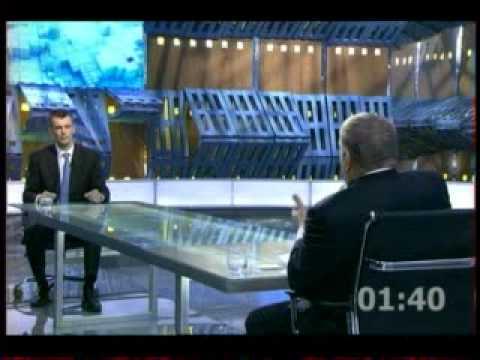 видео: Дебаты Жириновского и Прохорова 1 канал 2012-02-22.avi