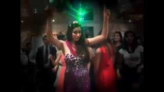 Флешмоб на свадьбе _ Индийский танец! Подарок от друзей жениха и невесты!