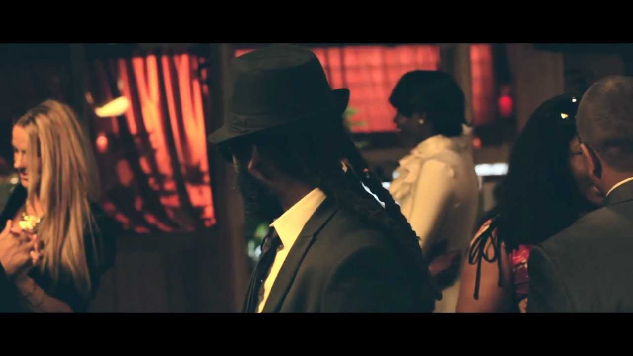 TARRUS RILEY - DREAM WOMAN - Official Music Video