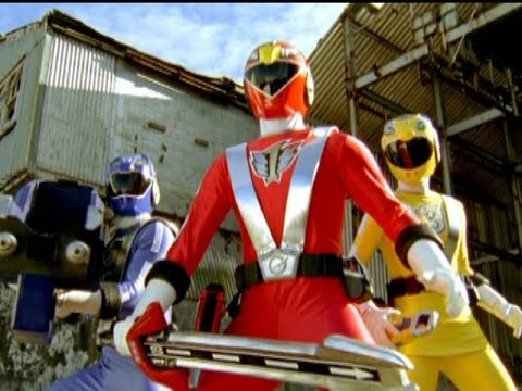 Power Rangers RPM - First Morph and Fight (Power Rangers vs Grinders)
