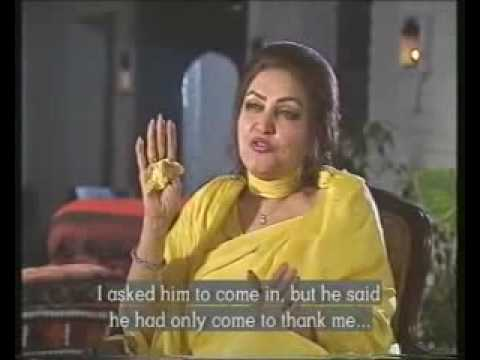 YouTube - Madam Noor Jehan unique interview with songs from khalid mahmud pilot school sialkot
