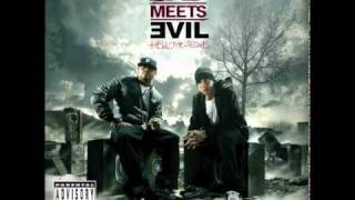 Bad Meets Evil - Hell: The Sequel -- Echo [Bonus] [Official Song & Download]