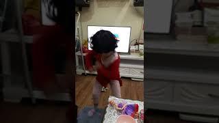 Pocoyo's dance