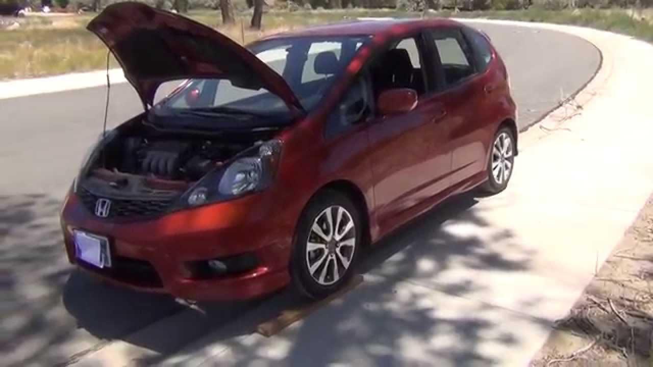 Honda Fit Oil Change Made Easy Youtube