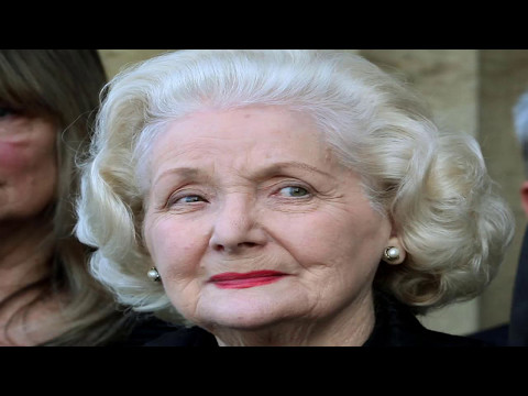 Flying Doctors Val Jelly Passed Away at 89 on this week May 6 _ 2017