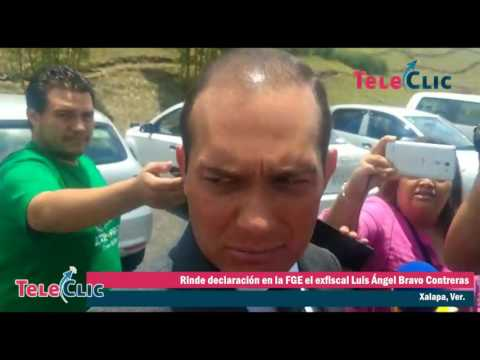 Rinde declaración en la FGE el exfiscal Luis Ángel Bravo Contreras