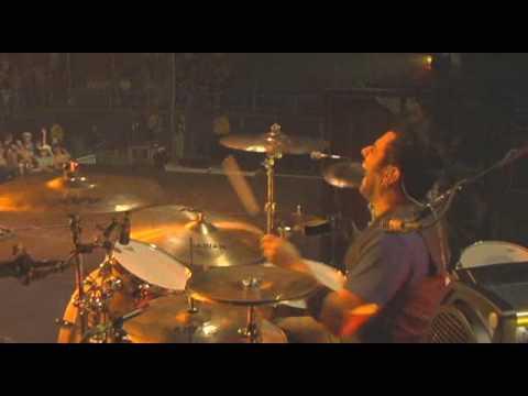 """Rich Redmond rocks """"Hicktown"""" with Jason Aldean"""