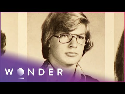 Jeffrey Dahmer: The Milwaukee Cannibal | Born To Kill? S1 EP2 | Wonder