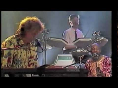 Pili Pili - Live - Hoomba Hoomba -