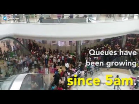 Thousands shop as Mall of Africa opens