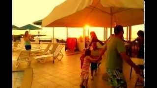 Beach Hotels in Chania 2016 | Greek Afternoon Party at Zorbas Hotel in Chania | www.hotel-zorbas.gr