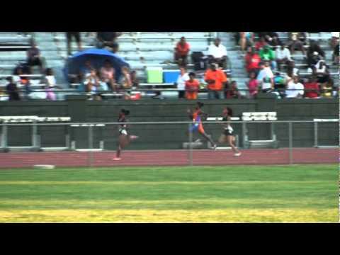 Chantel Stennis 2010 AAU Regional meet 200m 25 lane 7