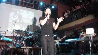 "Jordan Knight ""Like A Wave"" Detroit 11/12/2011"