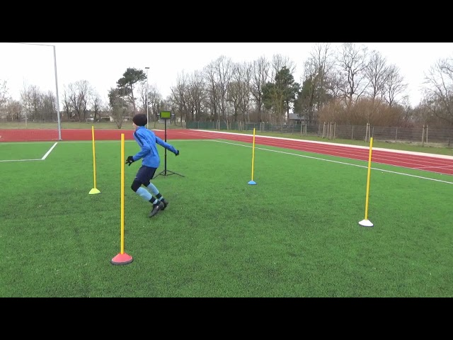 Soccer training drills for defenders • Quick movement • Heading • Intercepting the pass (HD)
