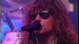 Bon Jovi live 1986 - You give love a bad name (inedit) great voice