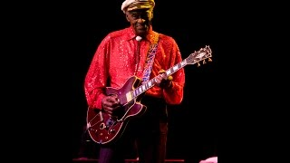 Chuck Berry*Roll Over Beethoven*Lyrics*LIVE