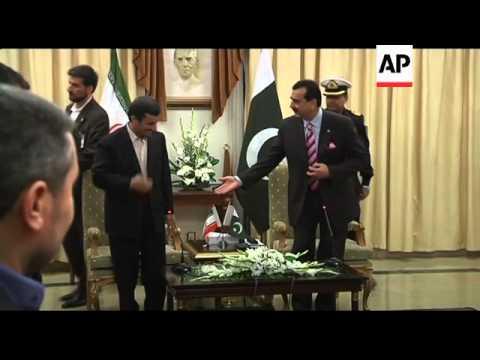 President Ahmadinejad and President Gilani hold talks