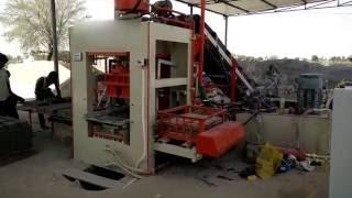 Fly Ash Bricks Machine - ENDEAVOUR-iF2000 / 10 Bricks per Stroke / 1800 to 2000 Bricks per Hour