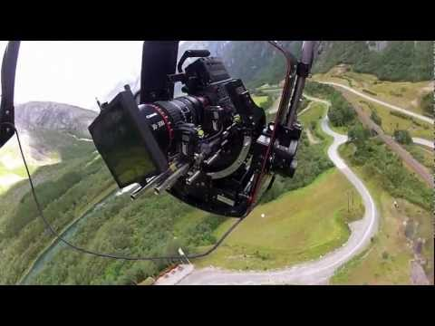 Gyro stabilized camera system in challenging conditions
