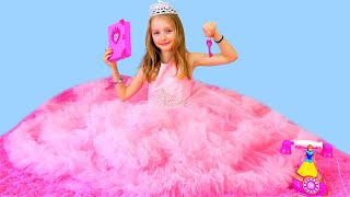 Princesa, doctor y solo una niña. Todo Polina en un video para chicas :)