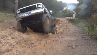 Raw Zig Zag off road Ford bronco and Jeep TJ
