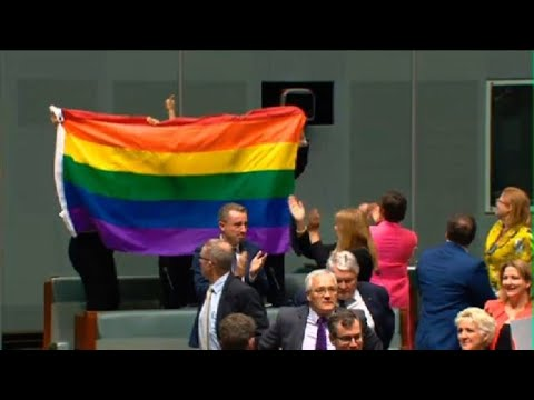 Australia lawmakers approve same-sex marriage