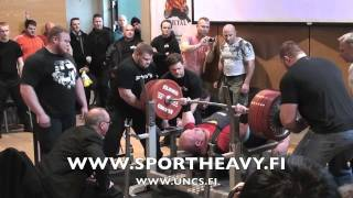 360 kg, 380 kg and 400 kg benchpress with single ply Titan IPF Super Katana