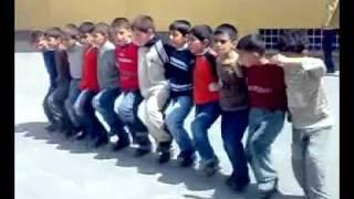 Kurdish Dance by kids / رقص کردی توسط بچه ها