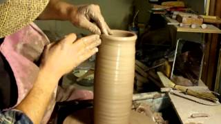 simon leach pottery throwing a 4lb tall vertical bottle