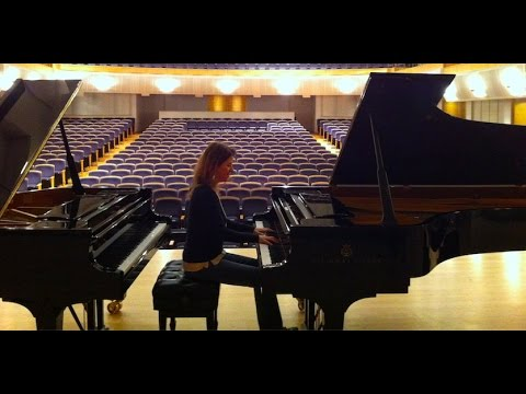 Polina Leschenko plays Chopin Piano Concerto no. 1 - live 2016