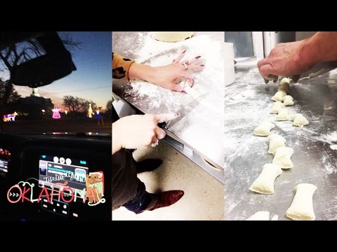 Gwen Stefani and Blake Shelton Cooking in Oklahoma | Snapchat | December 20 2016
