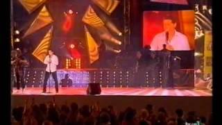 Manu Tenorio  ( Manolete )   Tan enamorados  2002