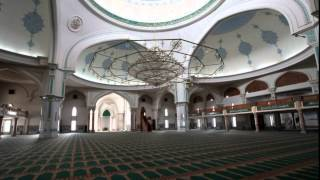 Aşgabat.(Ашхаба́д (также Ашгабáт; туркм. Aşgabat) — столица Туркменистана, крупнейший административно-политический,..., 2015-07-01T11:26:44.000Z)
