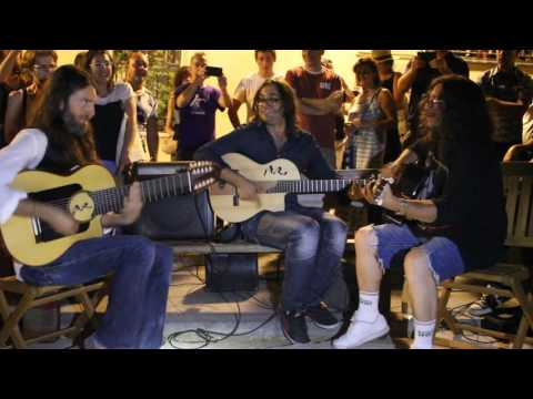 Estas Tonne with Raimundo Amador - Spanish street jam session