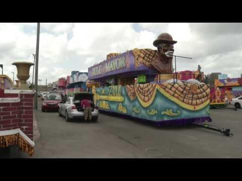 Raw: New Orleans Prepares for Mardi Gras