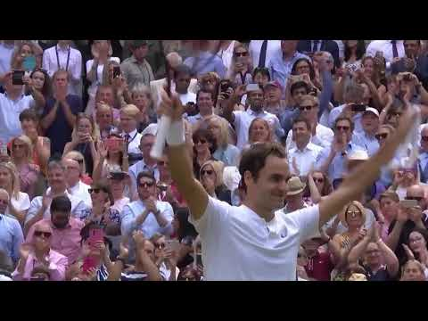 Роджер Федерер побеждает на Уимблдоне 2017