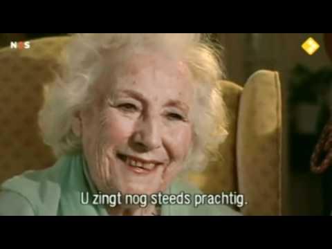 Dame Vera Lynn singing at the age of 93