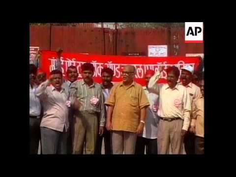INDIA: BOMBAY: DOCK WORKERS ON STRIKE