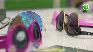 Почему опасны солнцезащитные очки с базарной раскладки?  - Абзац! -  11.06.2015(, 2015-06-11T18:09:40.000Z)