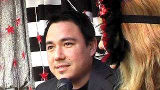 LOVE TV  Love Byte 6 Sam Pang and Aphrodite (Rebecca McIntosh) in the window of Rose Chong