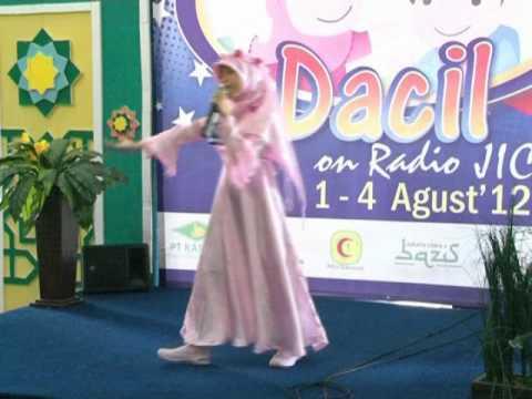 Fatimah - Juara 1 DACIL on Radio JIC