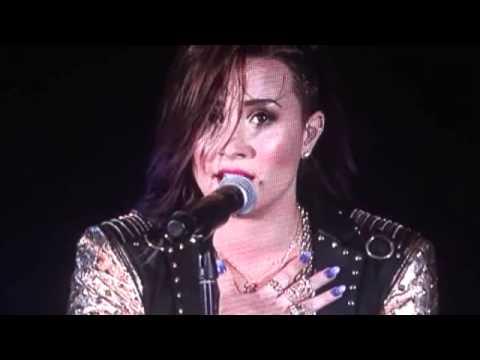 Download Demi Lovato (Live) - Banter - Nightingale (emotional performance)