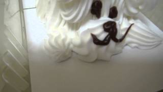 A Poodle Birthday Cake (in High Definition!)